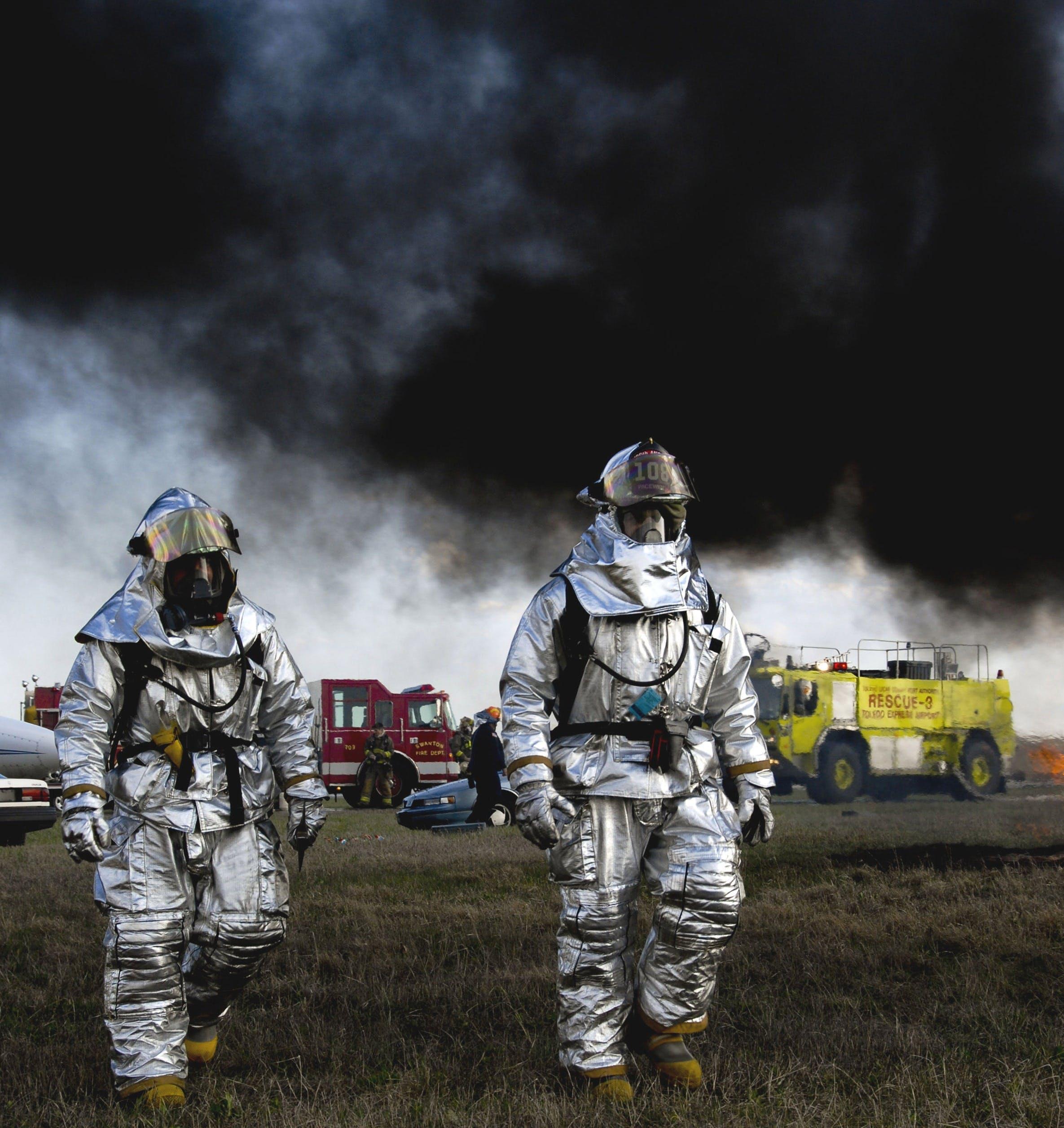 Gratis lagerfoto af brandmænd, folk, frivillig, Hero