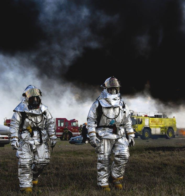 Photos gratuites de aider, bénévole, fumée