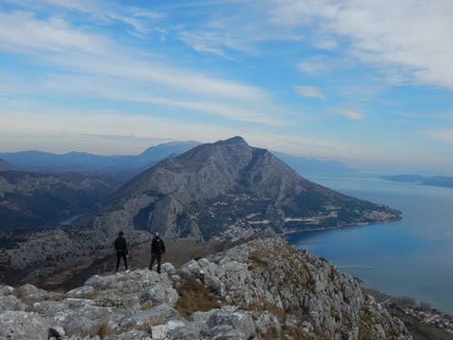 Free stock photo of Mountain peaks above Omiš