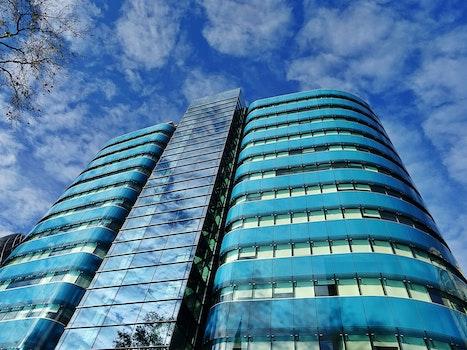 Kostenloses Stock Foto zu stadt, himmel, wolken, gebäude