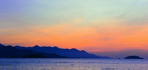 Kostnadsfri bild av bergen, hav, havsområde, himmel