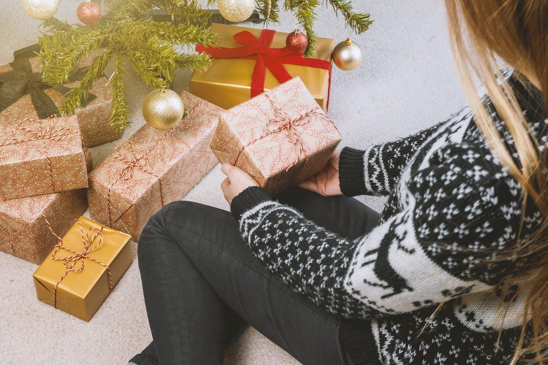 arbre de Nadal, arc, boles de nadal
