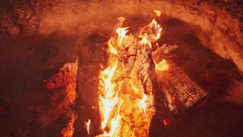 คลังภาพถ่ายฟรี ของ กลางคืน, กองไฟ, ขี้เถ้า