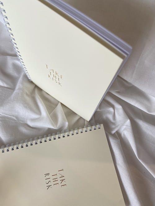 Immagine gratuita di arti e mestieri, cadernos espirais, design