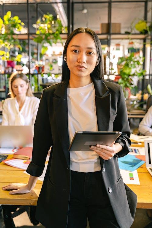 Ilmainen kuvapankkikuva tunnisteilla aasialainen nainen, älykäs rento, ammattilainen