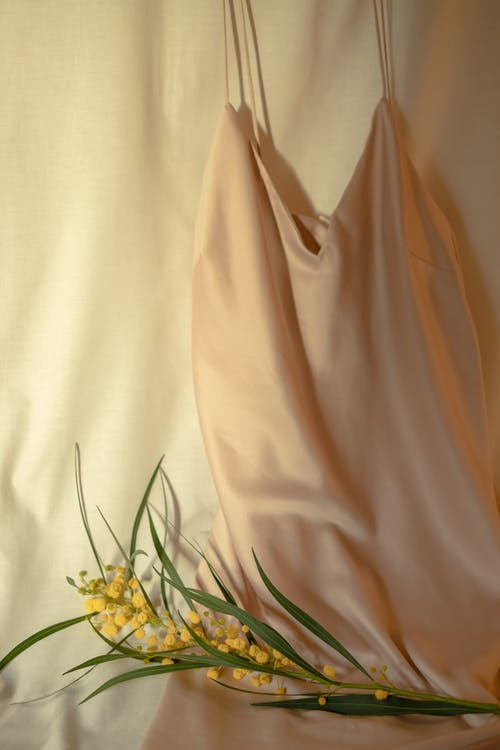 Foto d'estoc gratuïta de coloració natural, cortina, elegant