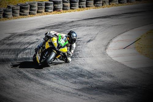 Бесплатное стоковое фото с #racing #motorcycle #bike