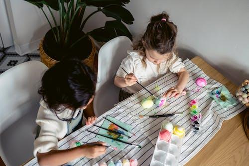 Kostenloses Stock Foto zu drinnen, eier, eierdekoration