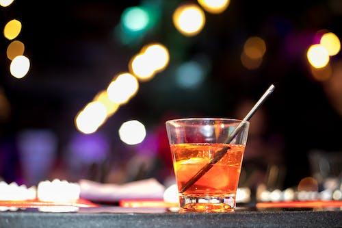 Imagine de stoc gratuită din alcool, lumină, miezul nopții, pahar de cocktail