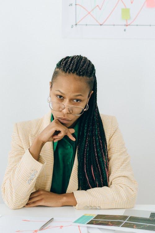 Gratis stockfoto met Afro-Amerikaans, baan, bedrijf
