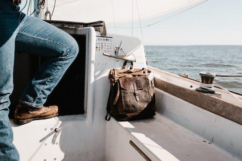 Gratis arkivbilde med alene, båt, bein