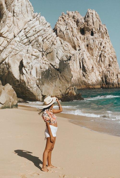 Photos gratuites de bord de mer, chapeau, côte