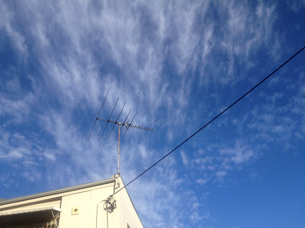 Free stock photo of blue sky, tv aerial, wire