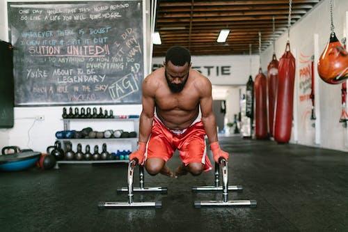 Бесплатное стоковое фото с Активный, афро-американец, голый торс