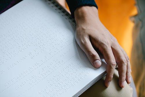 Kostnadsfri bild av blindskrift, bok, bokbindningar