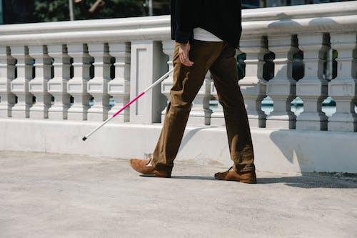 Immagine gratuita di bastone da passeggio, cecità, da solo