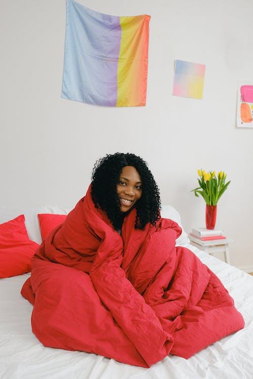 アパート, アフリカ系アメリカ人女性, うれしいの無料の写真素材