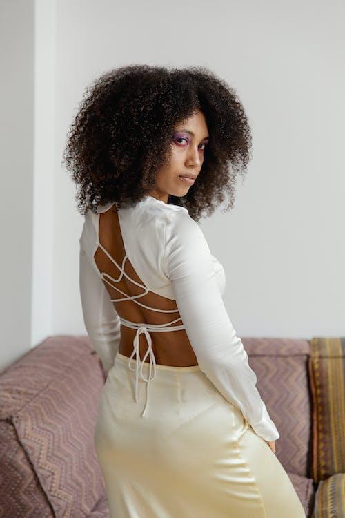 Gratis lagerfoto af afro, afroamerikansk kvinde, fashionabel