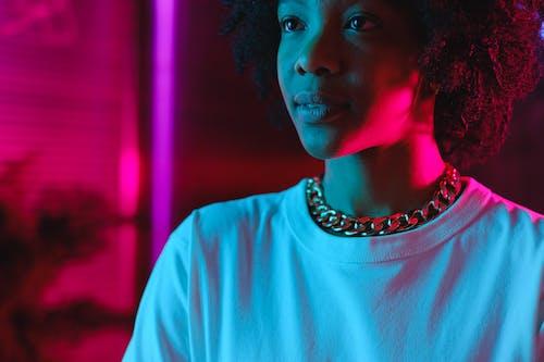 açık, afrikalı-amerikalı kadın, Afro içeren Ücretsiz stok fotoğraf