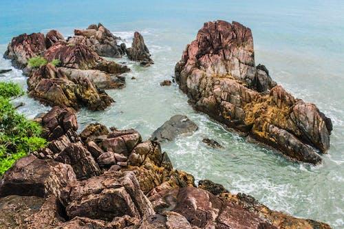 Gratis arkivbilde med bølger, grønn, hav, havkyst