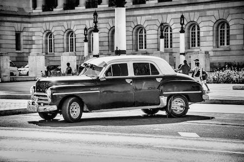 Δωρεάν στοκ φωτογραφιών με chrome, vintage, Άνθρωποι, άσφαλτος