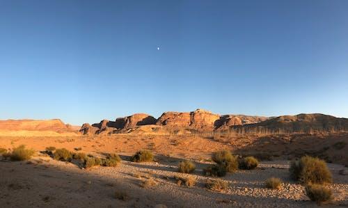 Foto d'estoc gratuïta de àrid, atractiu, cel, desert