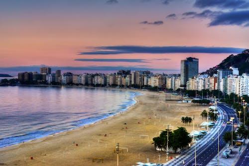 Ingyenes stockfotó belváros, copacabana, ég, építészet témában