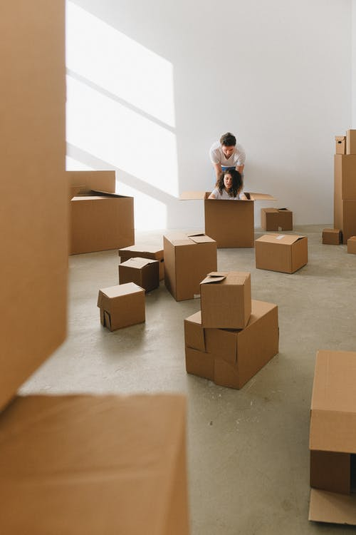 Fotos de stock gratuitas de adentro, caja de cartón, cajas