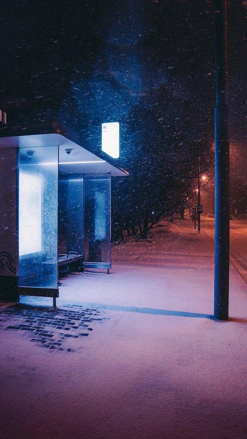 Immagine gratuita di architettura, arte, bagliore al neon