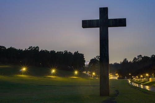 十字架, 墓園, 天空, 日落 的 免费素材照片