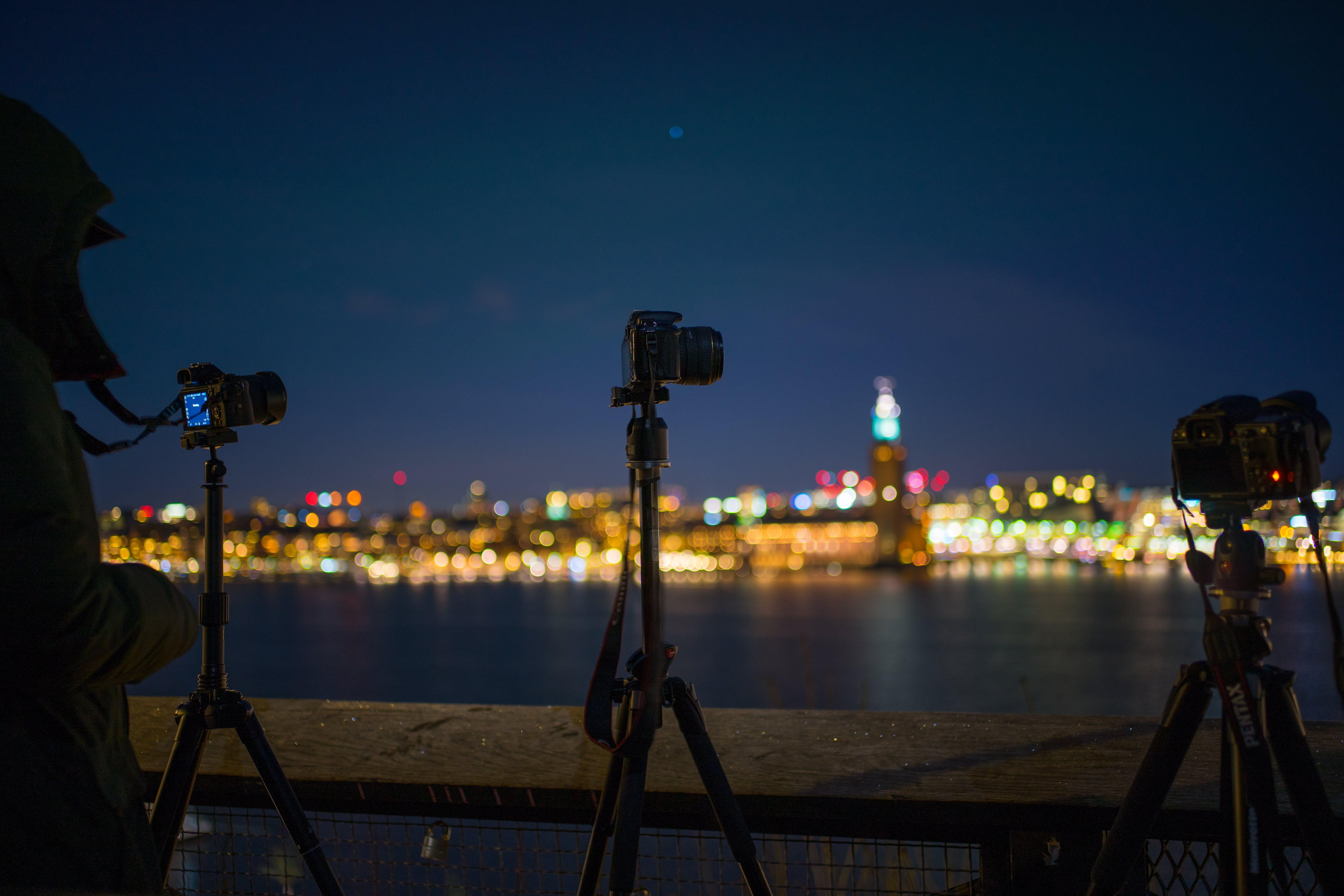 Kostenloses Stock Foto zu ausrüstung, beleuchtung, fotografie, kameras