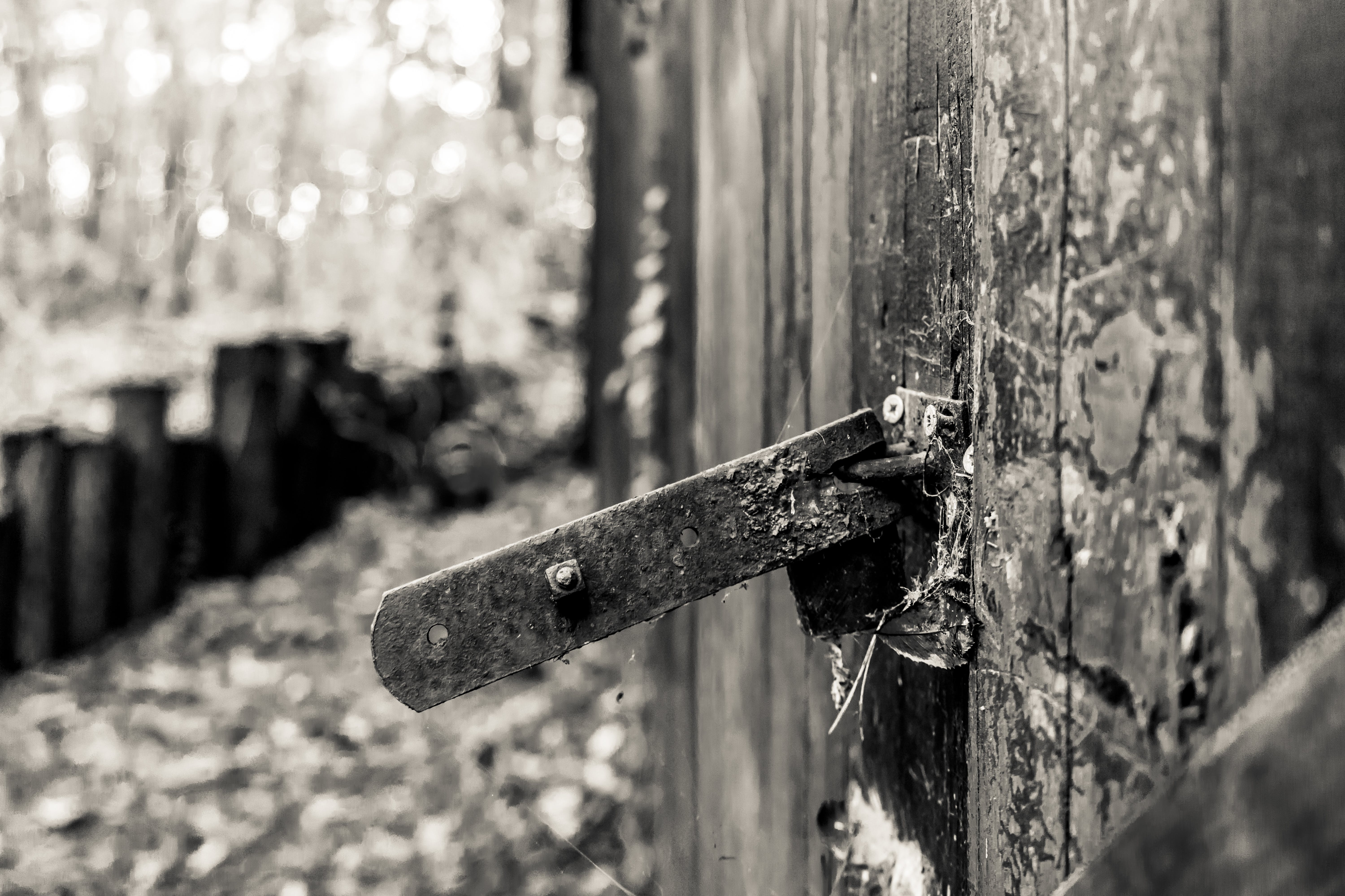 Free stock photo of abandoned, abandoned building, barn, door handle
