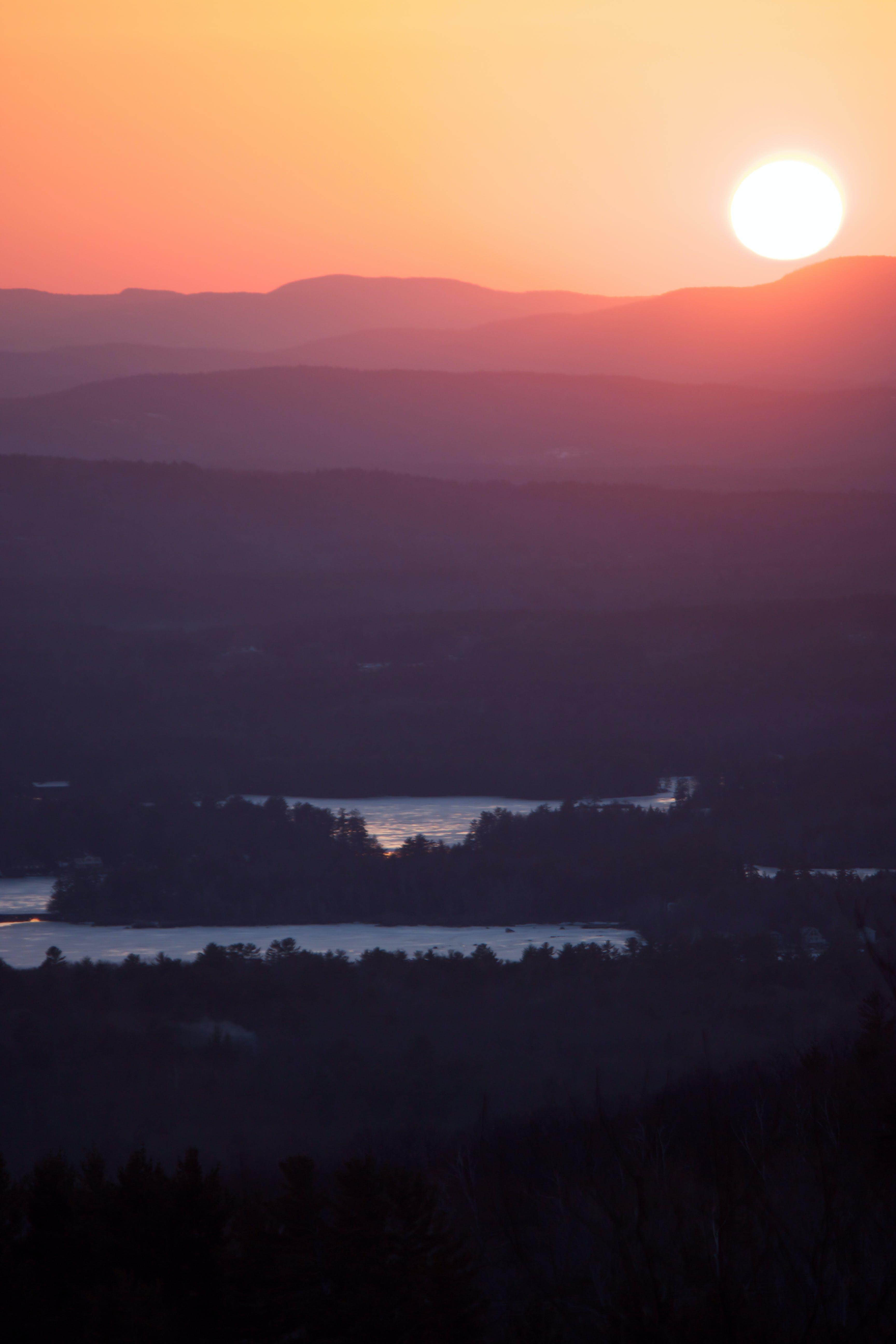 คลังภาพถ่ายฟรี ของ ตะวันลับฟ้า, พระอาทิตย์ขึ้น, พลบค่ำ, ภูเขา