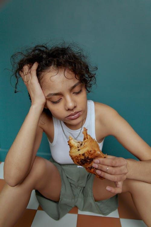 Foto profissional grátis de alimentação, alimento, com fome