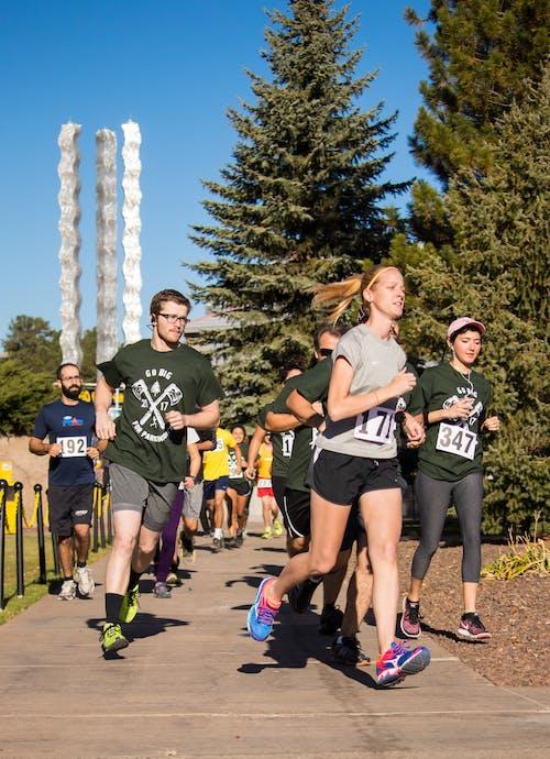 Foto d'estoc gratuïta de 5 k, corredors, diversió
