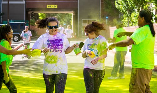 Free stock photo of 5k, colour, friends, runners