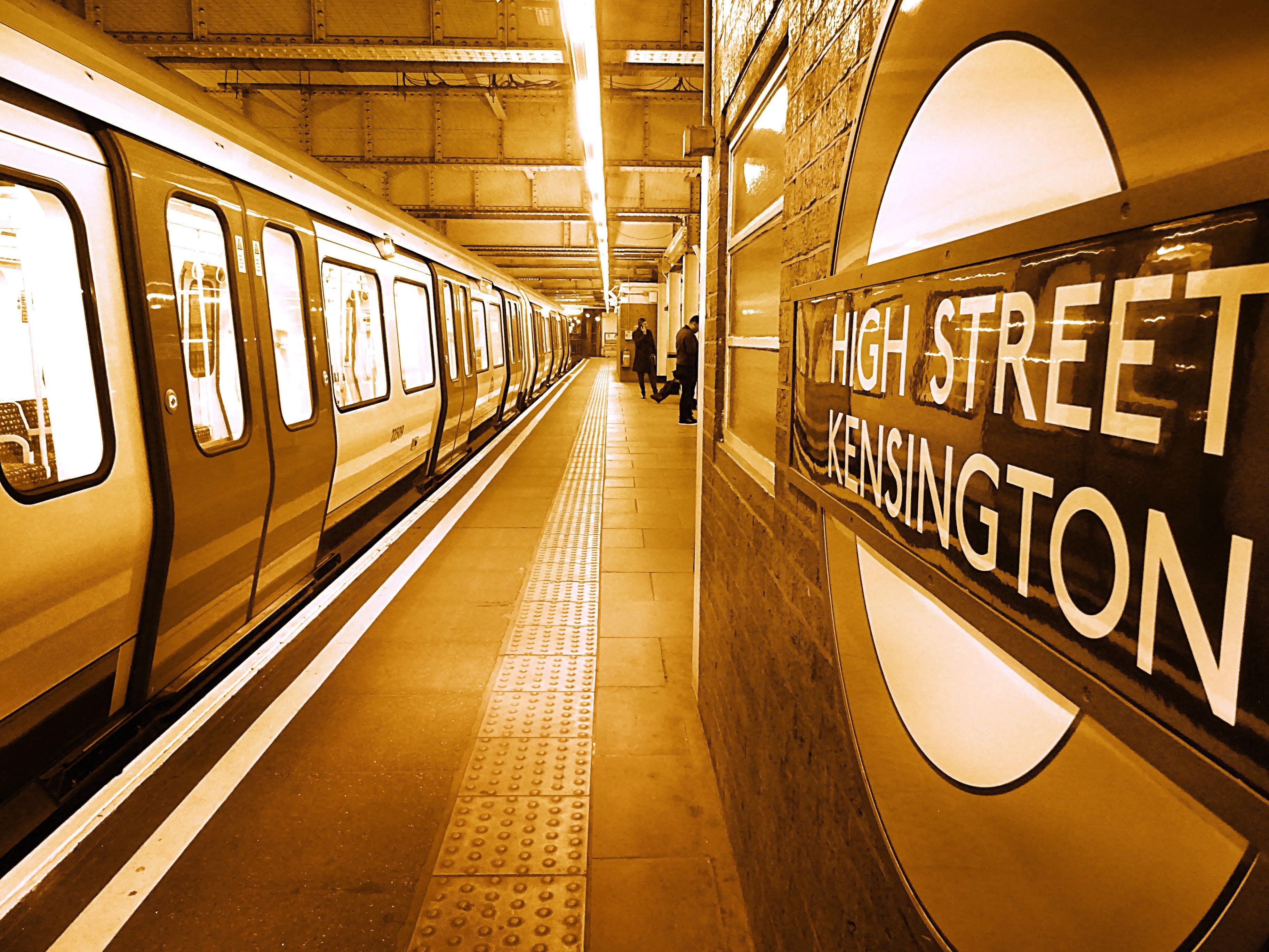 High Street Kensington Hallway