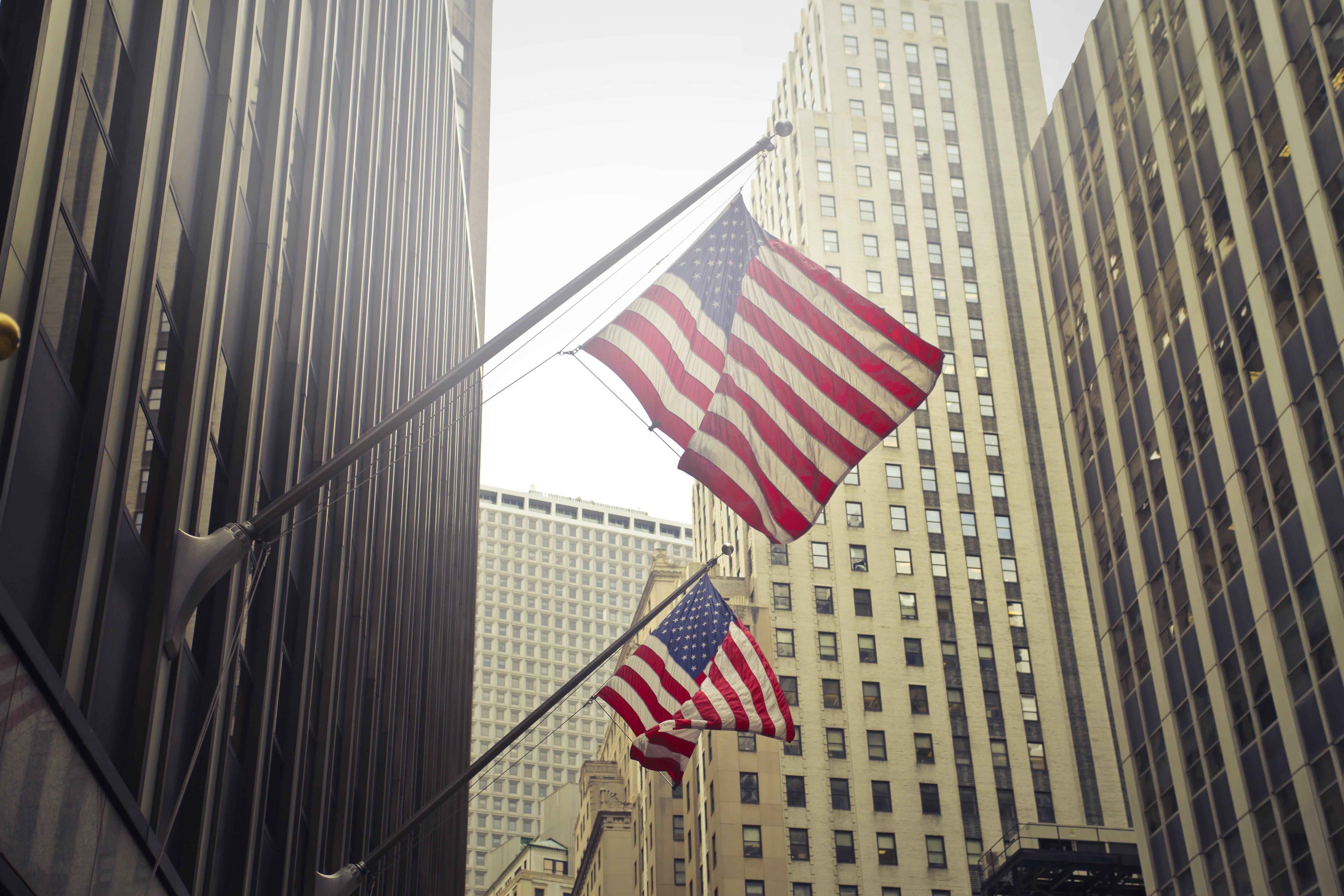 amerikanische flaggen, architektur, beleuchtung