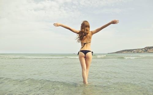 アダルト, セクシー, ビキニ, ビーチの無料の写真素材