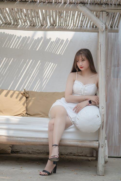 Kostnadsfri bild av avslappning, elegant, flicka