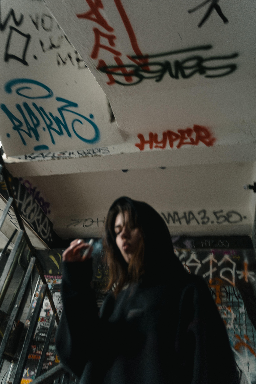 people woman dark graffiti