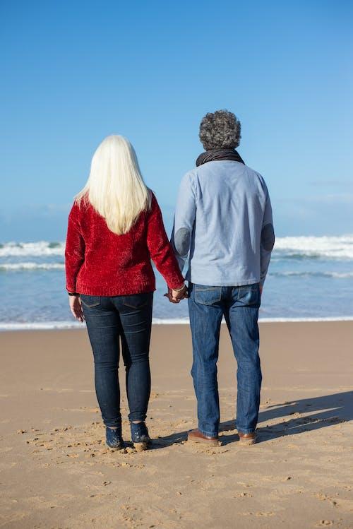 Fotos de stock gratuitas de amor, anciano, cogidos de la mano