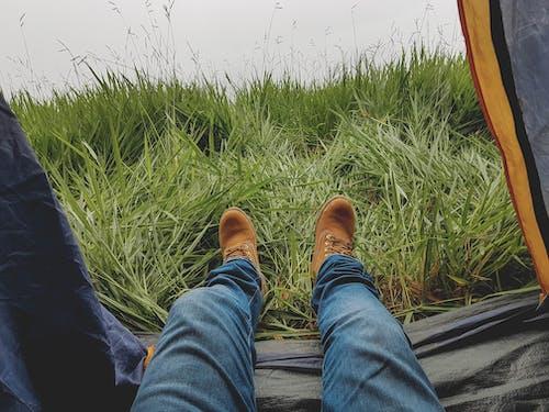 남자, 레저, 레크리에이션, 발의 무료 스톡 사진