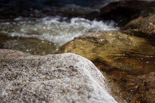 Ilmainen kuvapankkikuva tunnisteilla kivet, vesi, virta