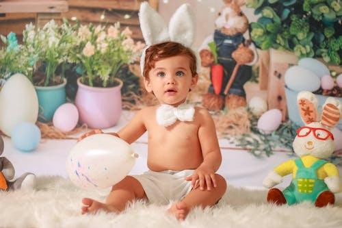 Gratis arkivbilde med baby, barn, egg