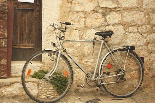 Ilmainen kuvapankkikuva tunnisteilla vanha kaupunki, vanha pyörä, vanhakaupunki