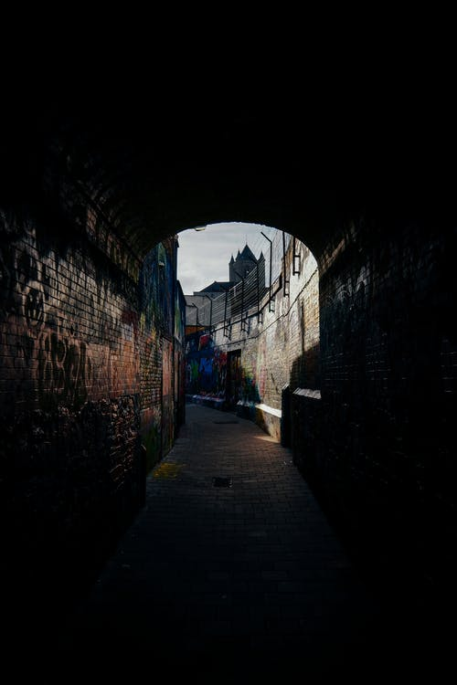 Free stock photo of Graffiti street Gand light shadows