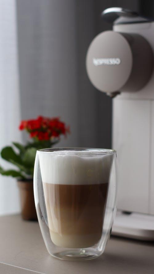 bardak, çağdaş, cam içeren Ücretsiz stok fotoğraf