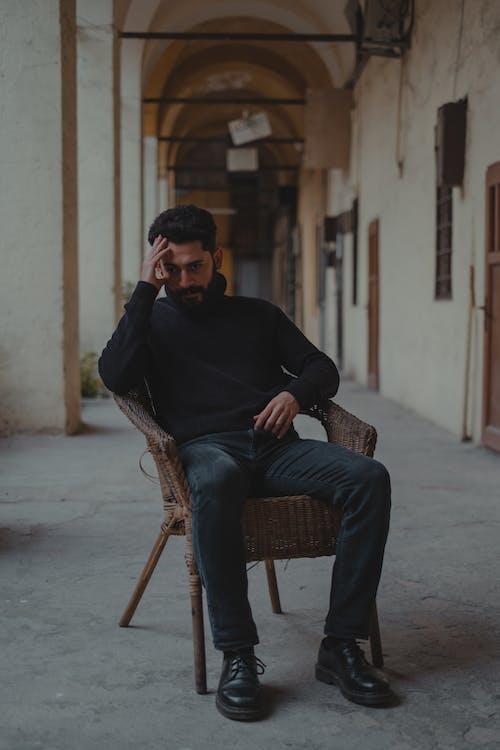 Immagine gratuita di ansia, barba, brunet