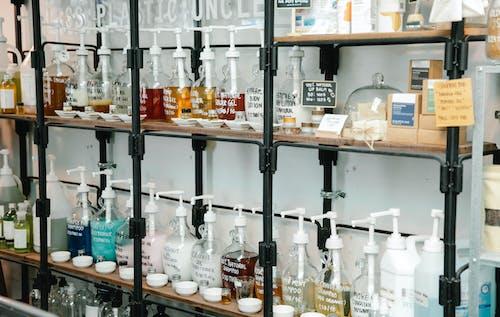 Darmowe zdjęcie z galerii z butelka, cena, ciekły